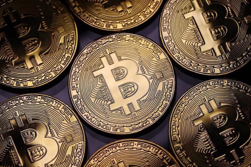 "Bitcoin: Επένδυση ή ""φούσκα"" ;"