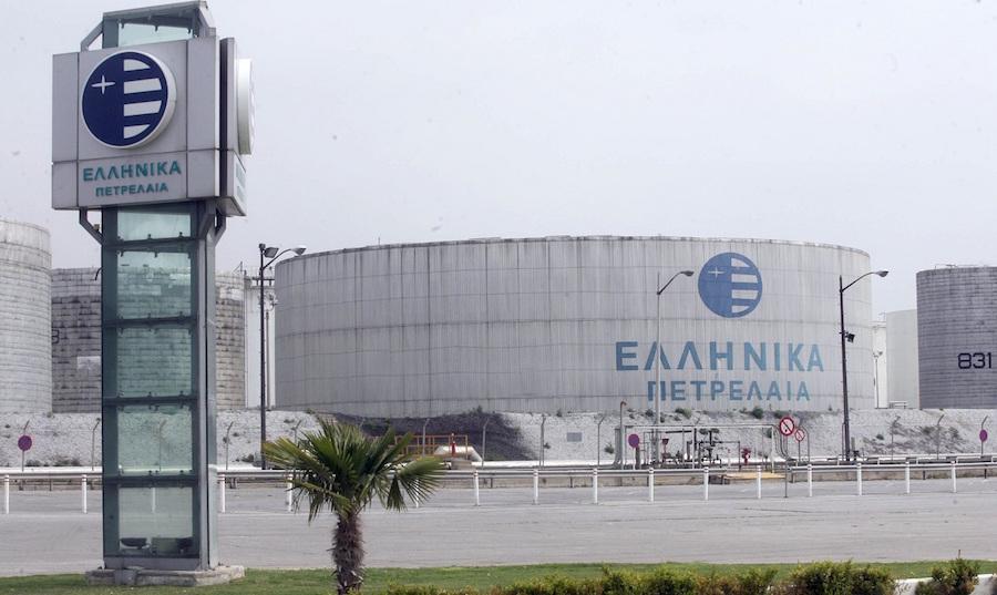 Ελληνικά Πετρέλαια: Συμφωνία των βασικών μετόχων για την πώληση του 50,1%