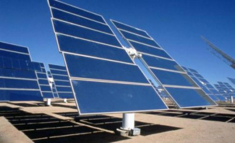 Η ΕΛΒΙΕΜΕΚ πωλεί τον κλάδο φωτοβολταϊκών