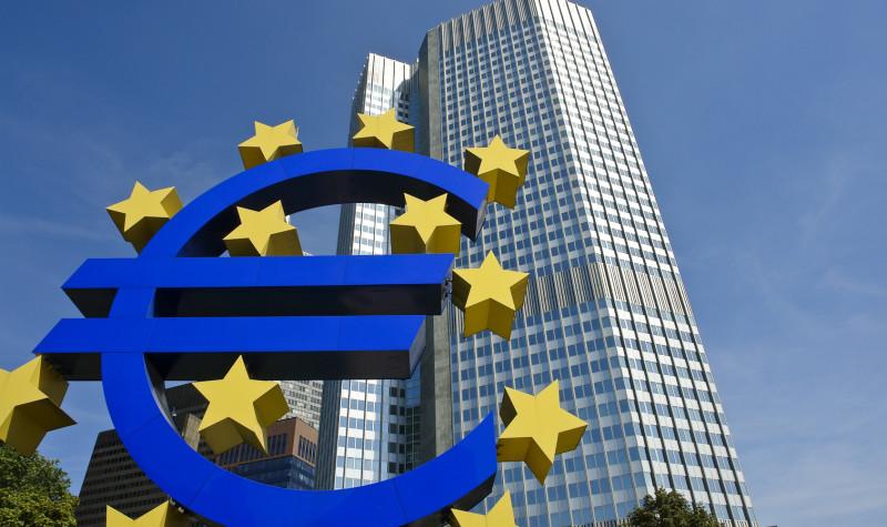 ΕΚΤ: Χαμηλές οι επιδόσεις της ελληνικής οικονομίας το 2017