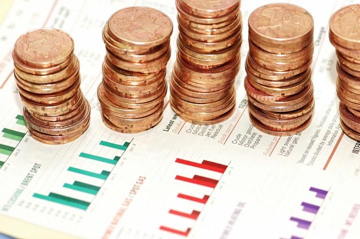Alpha Bank: Στάσιμη η ιδιωτική κατανάλωση και μειωμένη η επενδυτική δαπάνη παρά την επιτάχυνση της αύξησης του ΑΕΠ